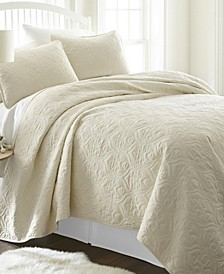 Home Collection Premium Ultra Soft Damask Pattern Quilted Coverlet Set, Queen