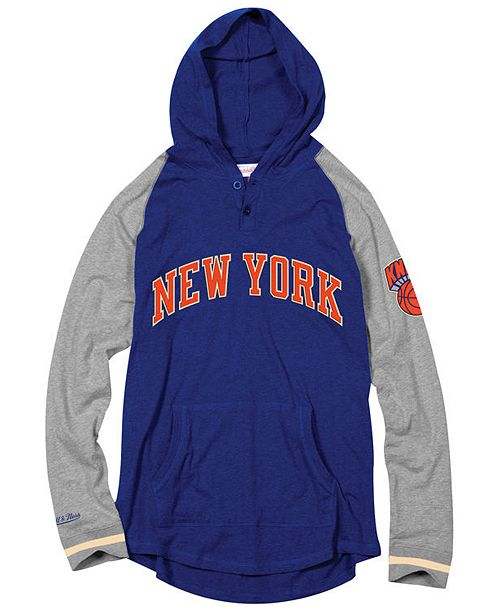 best sneakers 1c50e 022e5 Mitchell & Ness Men's New York Knicks SlugFest Hoodie ...
