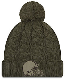 New Era Women's Cleveland Browns Salute To Service Pom Knit Hat