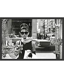 Audrey Hepburn Breakfast At Tiffany's - Framed Art Print