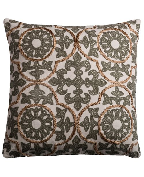 "Rizzy Home 18"" x 18"" Medallion Pillow Cover"