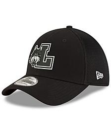 Loyola Ramblers Black White Neo 39THIRTY Cap