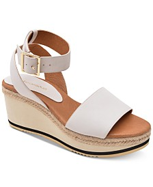 Andre Assous Petra Wedge Sandals