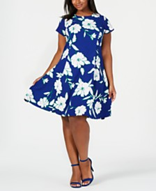 Jessica Howard Plus Size Textured Floral Fit & Flare Dress