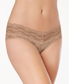 b.tempt'd by Wacoal Lace Kiss Hipster 978282