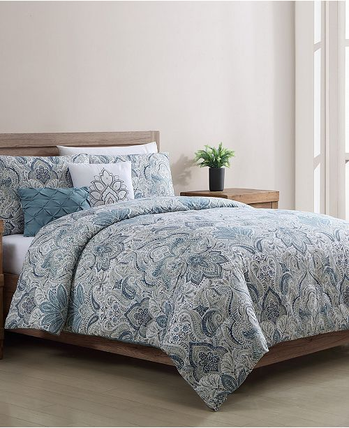 VCNY Home Claire 5 Piece Full/Queen Comforter Set