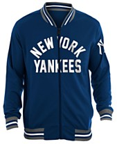 watch 9f98b 48ebb New Era Men s New York Yankees Lineup Track Jacket