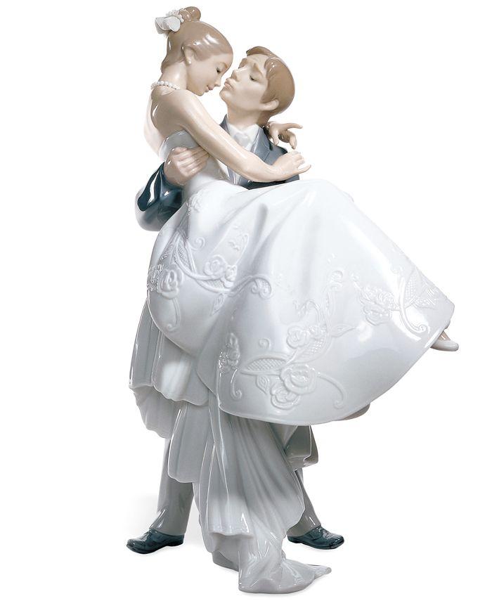 "Lladró - ""The Happiest Day"" Bride & Groom"