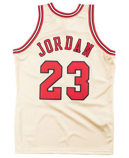 100% authentic a76a9 3faef ... Mitchell   Ness Men s Michael Jordan Chicago Bulls Authentic Gold ...