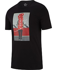 Nike Men's Sportswear Graphic T-Shirt