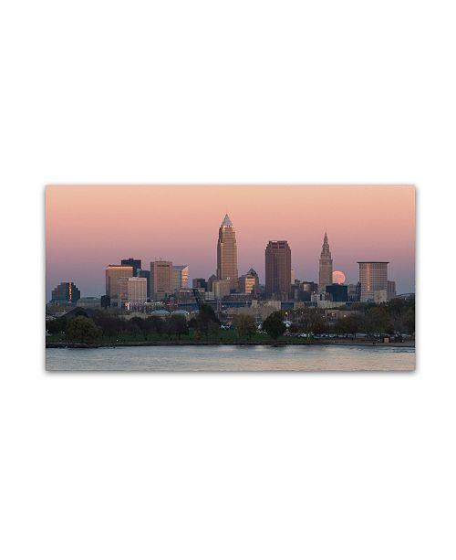 "Trademark Global Kurt Shaffer 'Super Moon over Cleveland Nov 2' Canvas Art - 10"" x 19"""