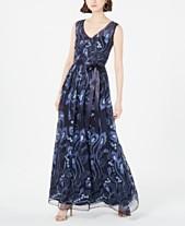 5d3e1509 R & M Richards V-Neck Embroidered Ball Gown