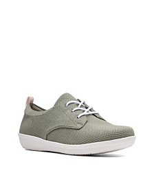 Clarks Women's Cloudsteppers Ayla Reece Casual Sneakers
