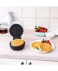 Mini Waffle Maker, White with Heart