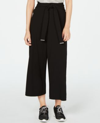 Wide-Leg Cropped Pants