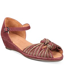 Gentle Souls by Kenneth Cole Women's Lily Knot Sandals