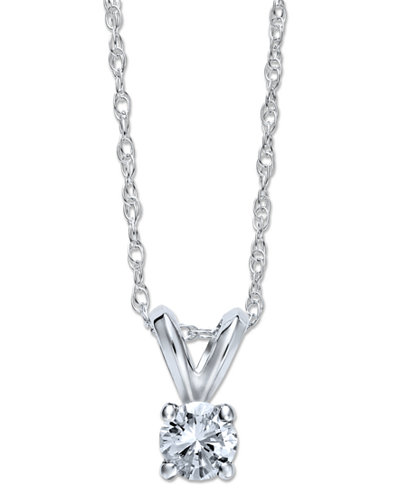 Round-Cut Diamond Pendant Necklace in 10k White or Yellow Gold (1/4 ct. t.w.)
