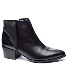 Women's Finn Chelsea Booties