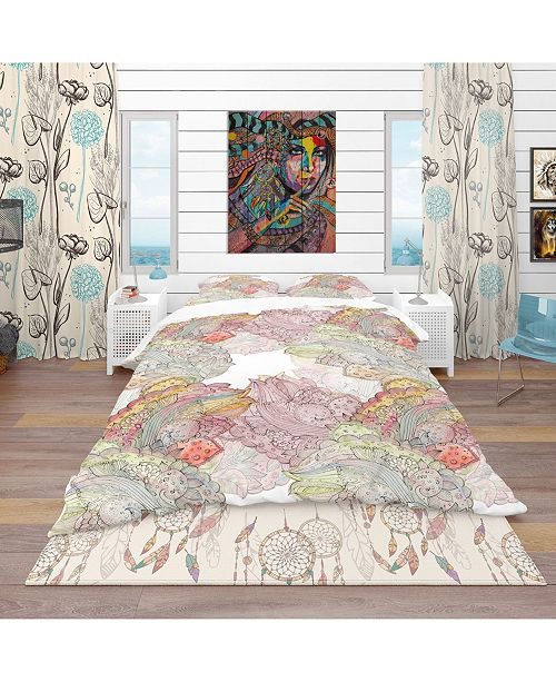 Design Art Designart 'Watercolor Painting With Ethnic Motif' Bohemian and Eclectic Duvet Cover Set - Twin