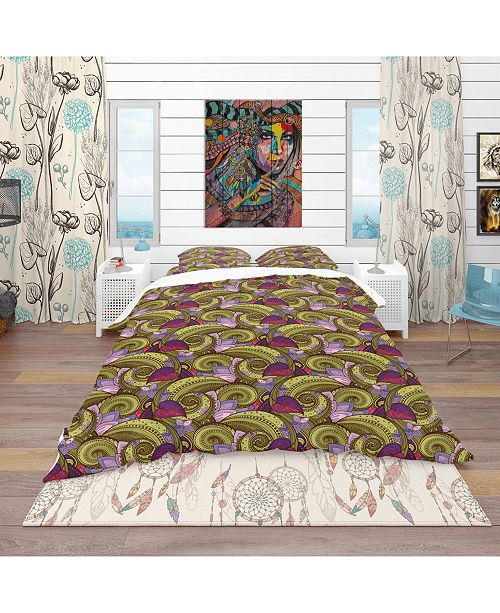 Design Art Designart 'Floral Pattern, Paisley Garden Style' Bohemian and Eclectic Duvet Cover Set - Queen