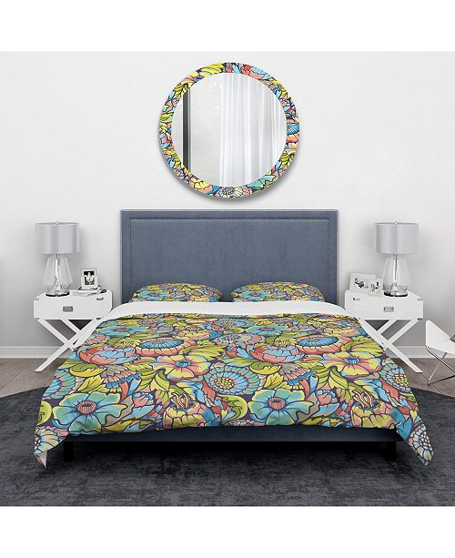 Design Art Designart 'Amazing Colorful Floral Pattern' Modern and Contemporary Duvet Cover Set - King