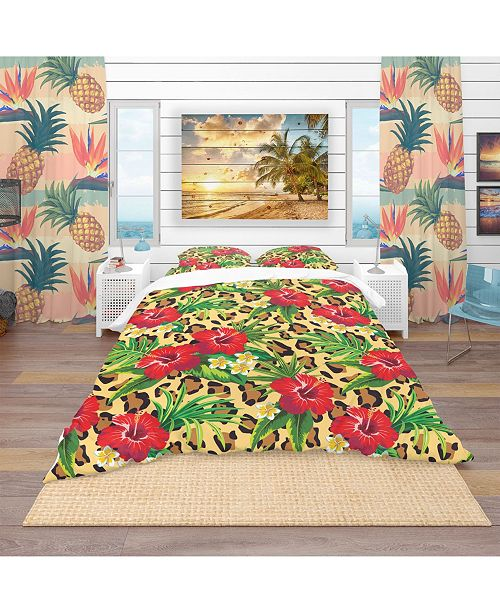 Design Art Designart 'Hibiscus and Plumeria Tropical Flowers With Palm Leaves' Tropical Duvet Cover Set - Queen