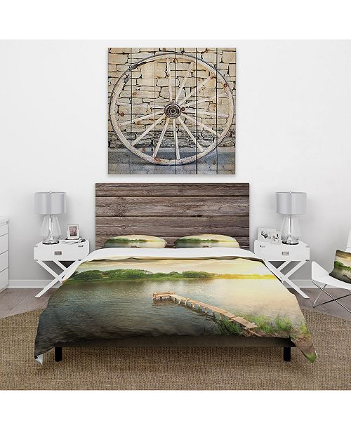 Design Art Designart 'Lake Under Evening Sun' Cabin and Lodge Duvet Cover Set - King