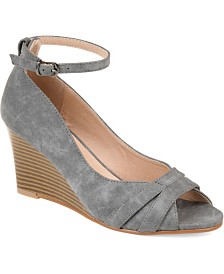 Journee Collection Women's Palmer Wedges