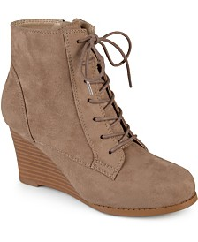 Journee Collection Women's Magely Bootie