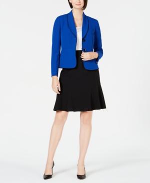 Shawl-Lapel Skirt Suit
