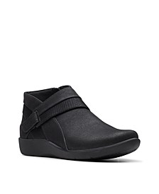 CloudSteppers Women's Sillian Rani Ankle Booties