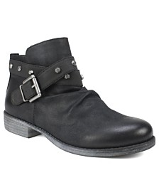 White Mountain Savant Ankle Boots