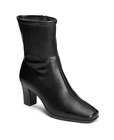 Cinnamon Boots