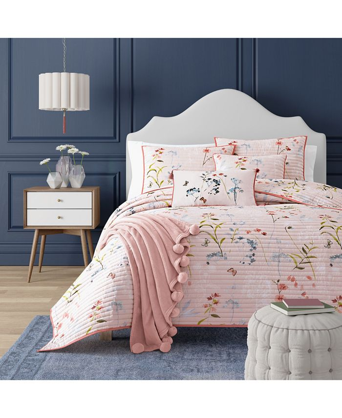 J Queen New York - Beatrice Rose Twin Coverlet