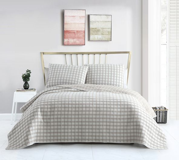 Seventh Studio Tim Matelassé Plaid Quilt Sets