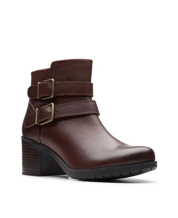 Clarks Collection Women's Hollis Pearl Leather Booties