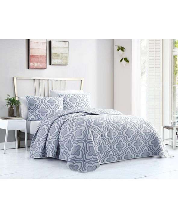VCNY Home Mauer Matelasse 3PC Full/Queen Quilt Set