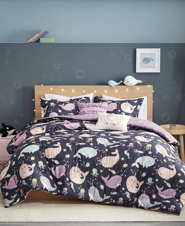 Urban Habitat - Magical Narwhals Reversible 5-Piece Full/Queen Coverlet Set
