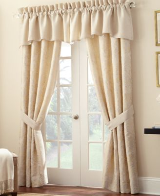 "Lysander 55"" x 18"" Scallop Window Valance"