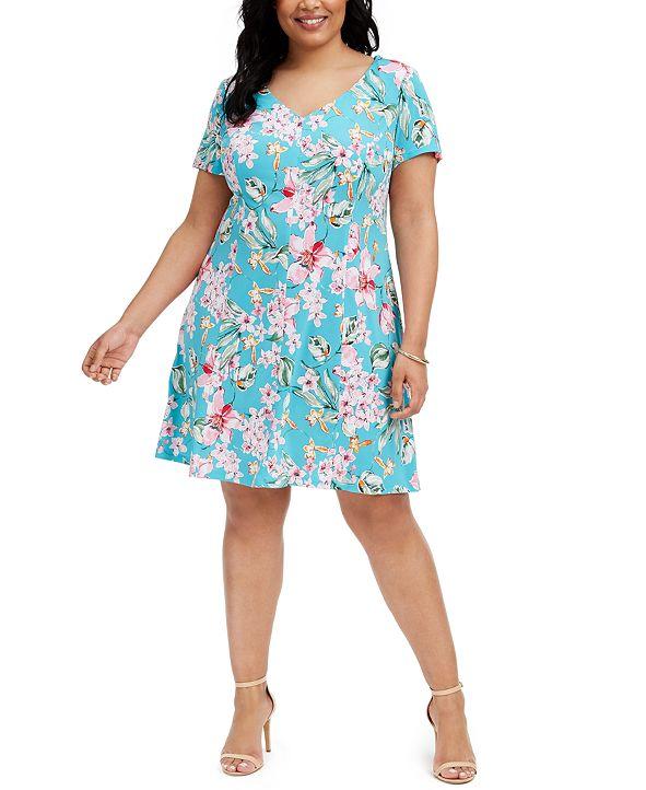 Connected Plus Size Floral-Print V-Neck Dress