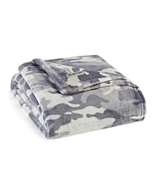 Blend Out Camouflage Ultra Soft Plush Throw