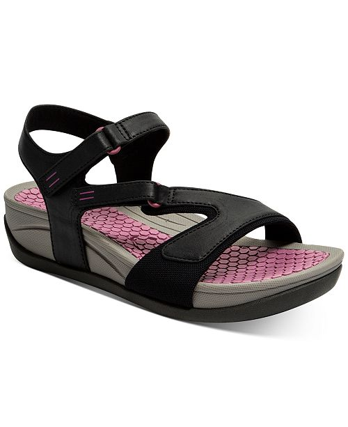 Baretraps Deanna Wedge Sandals