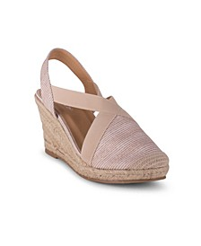 Essence Women's Closed Toe Wedge Sandal