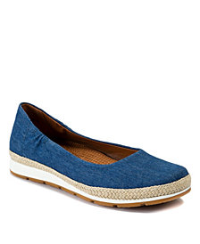 Baretraps Prim Posture Plus+ Technology Casual Flat