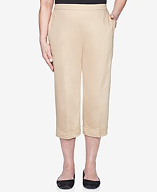 Petite Zanzibar Embroidered-Cuff Pull-On Capri Pants