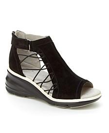 Naomi Wedge Casual Sandal