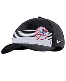 New York Yankees Stripe Swooshflex Classic 99 Cap