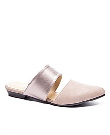 CL by Chinese Laundry Enya Flat Mule