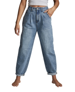 1980s Clothing, Fashion | 80s Style Clothes Cotton On Slouch Mom Jeans $49.99 AT vintagedancer.com