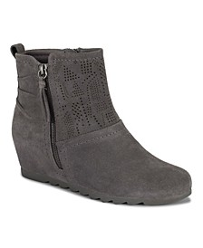 Aveena Posture Plus Women's Wedge Bootie